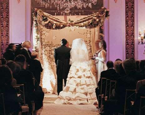 Source Weddinghallir Persian Wedding